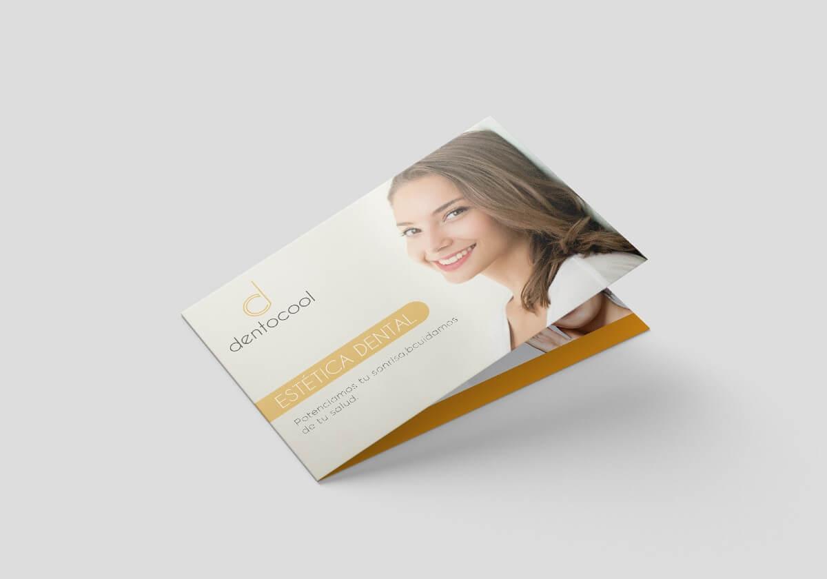 Diseño de folletos para clínicas